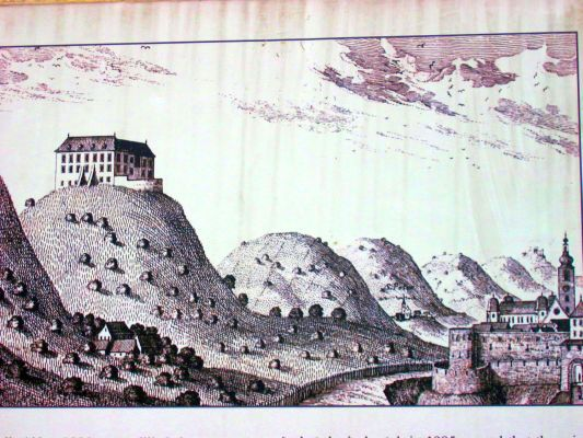 This 16th century sketch by G.M.Vischer shows the Middle Age town of Marburg